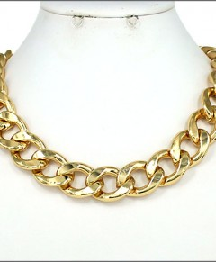 Gold Tone Chain Link Fashion Necklace