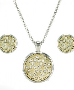 Pendant Necklace And Earring Set With Diamond Crystals